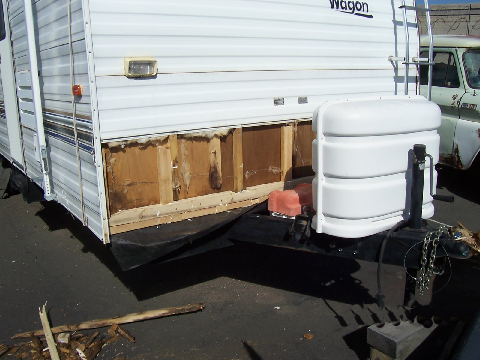 Trailer Front 015